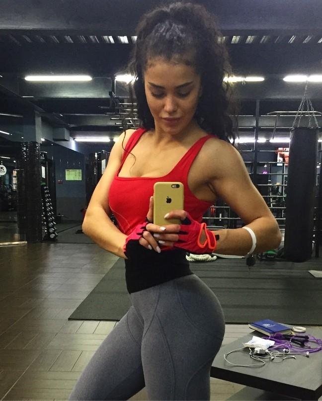 Мария Бархударова