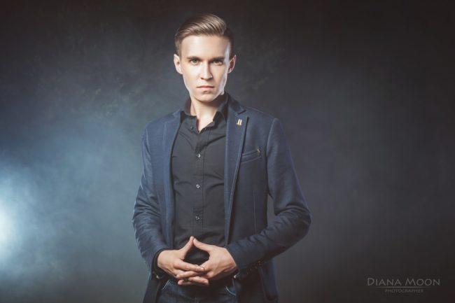 Денис Холодницкий