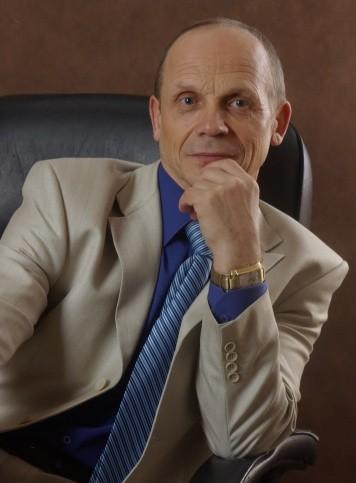 Александр Тимофеевич Огулов