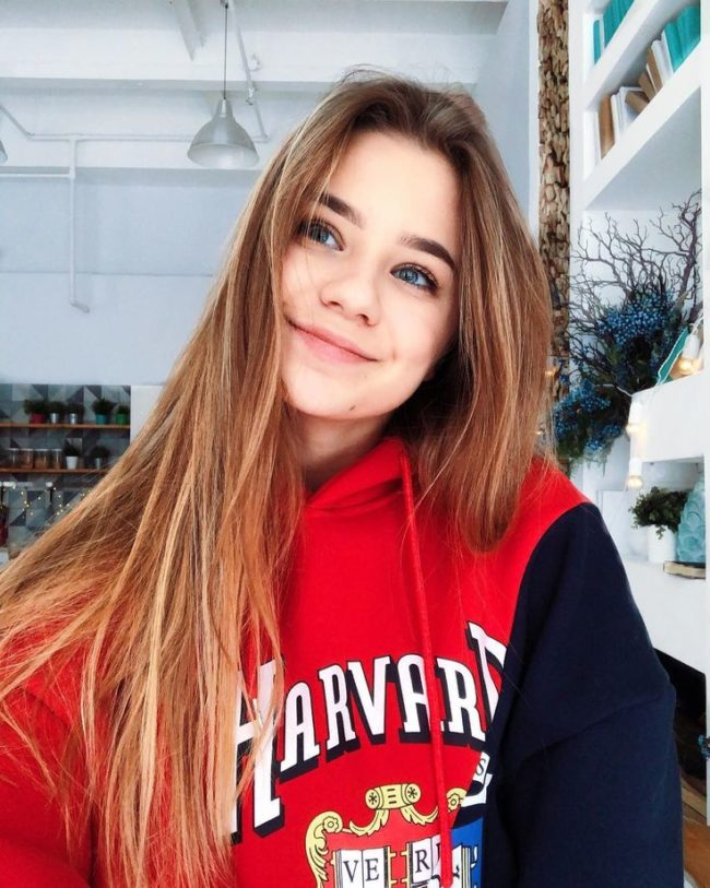 Катя Адушкина Романовна