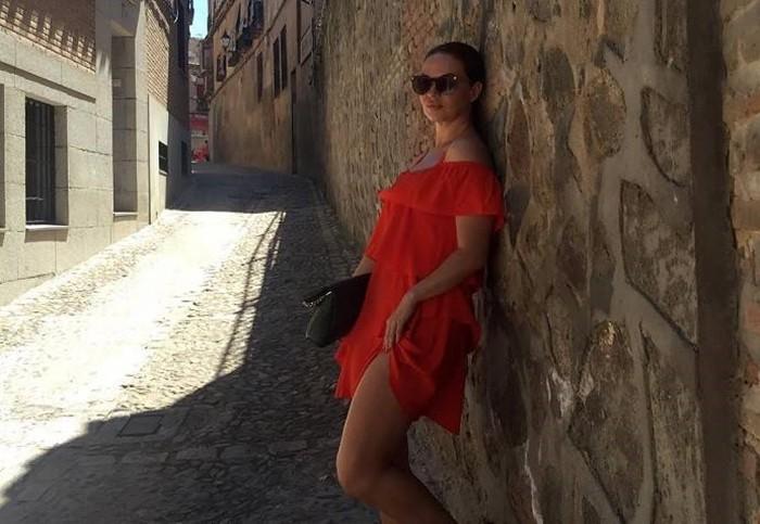 Ева Тарлакян фото в платье