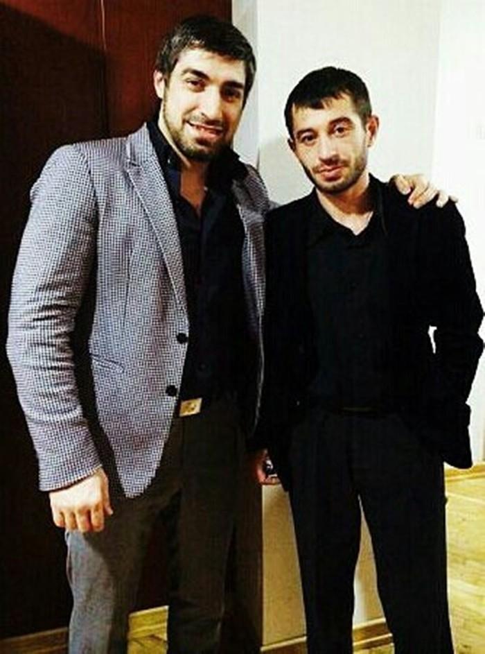 Аюбов Вахид фото с другом