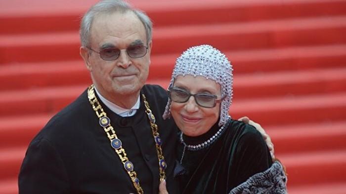 глеб панфилов с женой