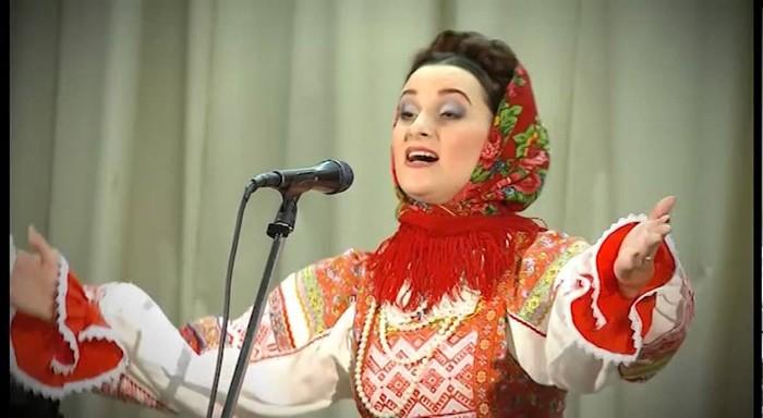 Раиса Щербакова поёт