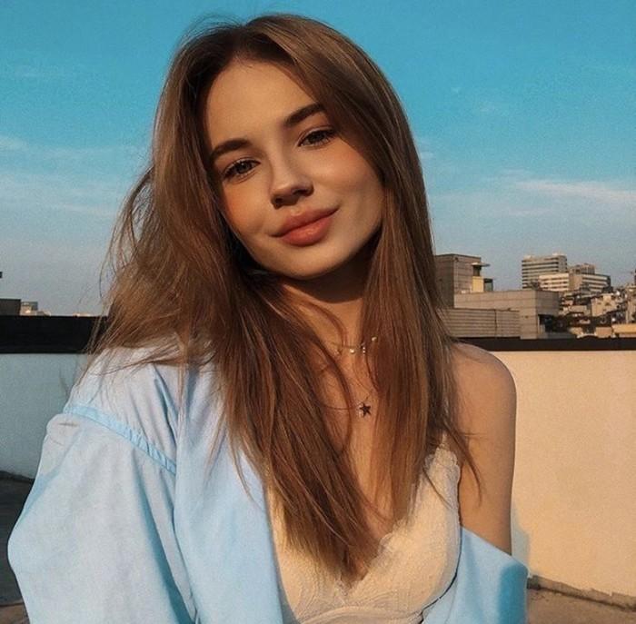 Лиза Василенко фото лица