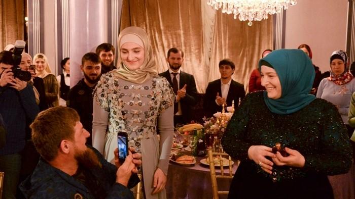 Кадыров и фатима хазуева со второй женой