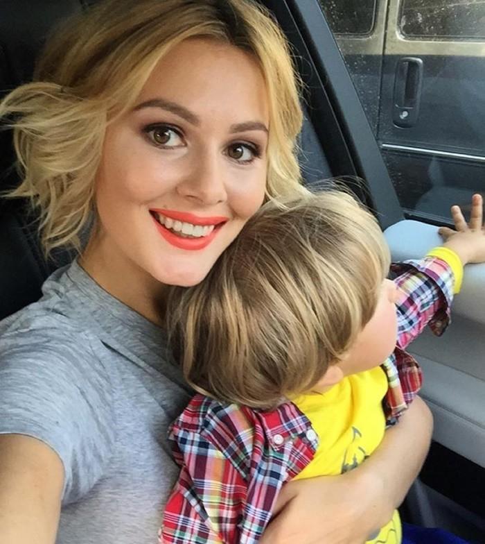 мария кожевникова фото с ребёнком