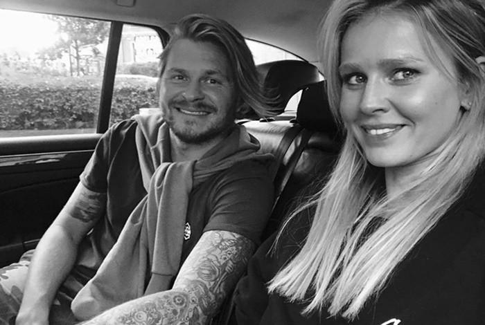Максим Аплин фото с женой