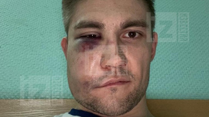 Кевин Антипов хоккеист
