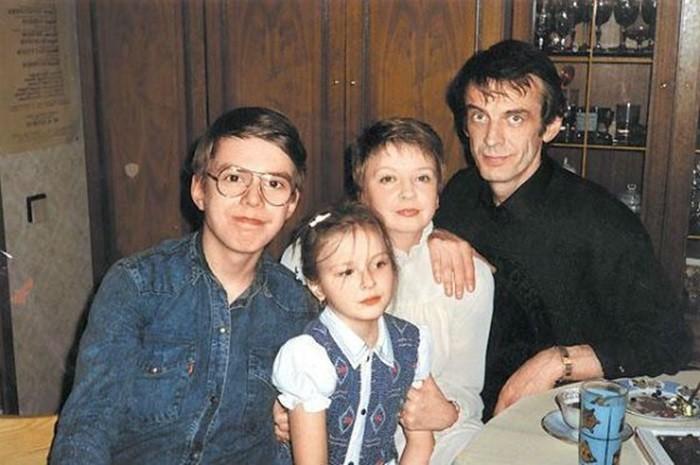 георгий тараторкин и семья