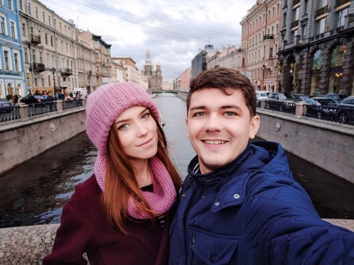 Жизнь Виа с девушкой
