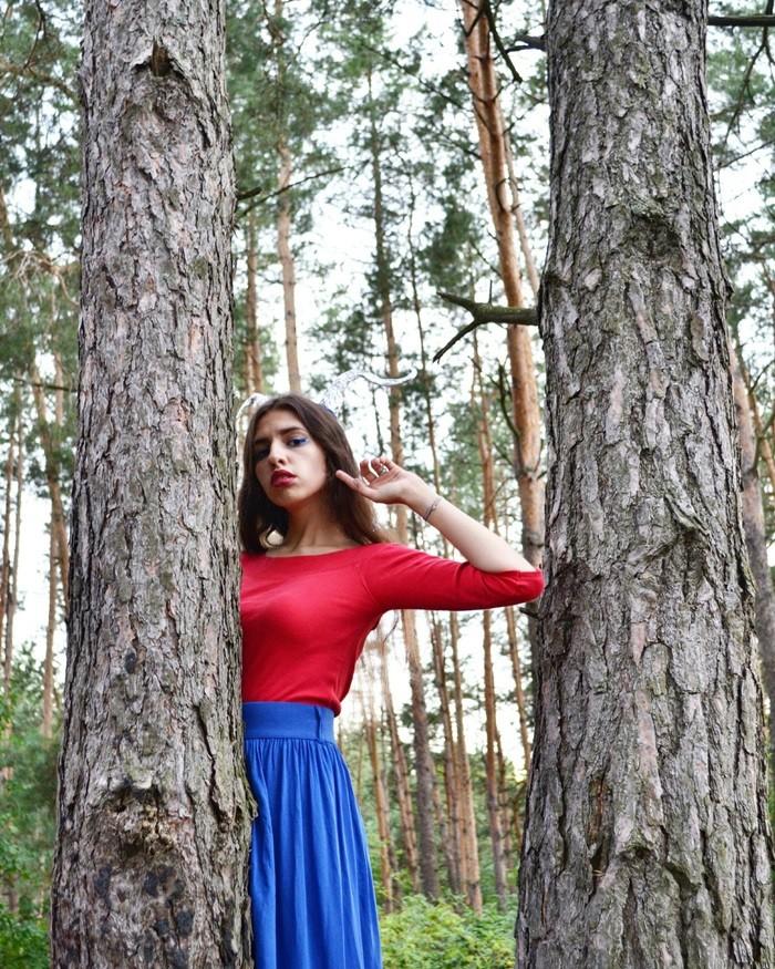 Лилу45 в лесу