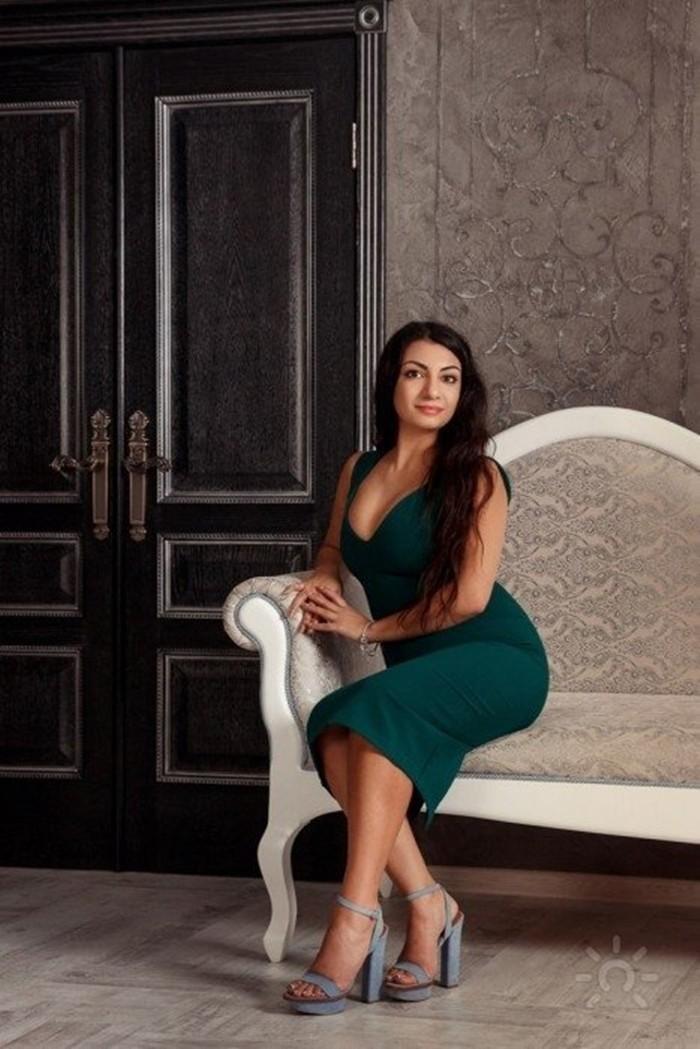 Зина Шамоян