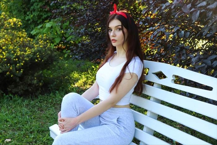 ЮМИЛИЯ (Юлия Вебер)